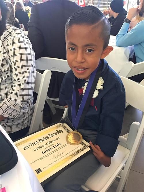 Josue Luis honored