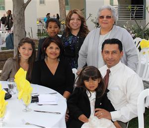 Daniel Ramirez with family